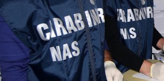 Manduria. Blitz dei carabinieri contro l'esercizio della vendita abusiva