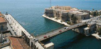 Ponte Girevolea Taranto
