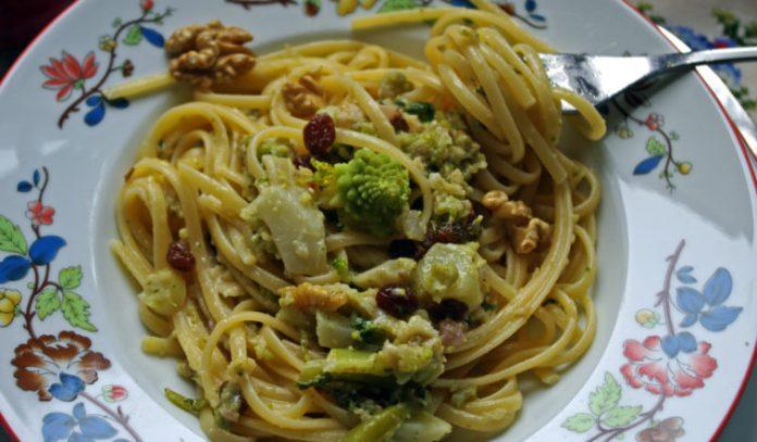 Spaghetti con broccoli al pepe rosso