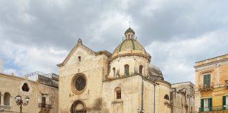 """Grottaglie. """"Le sentinelle del Turismo"""" le volontarie in giro per il centro storico"""