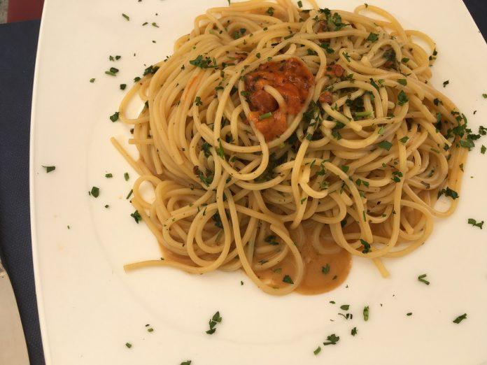 Manduria. Spaghetti al Primitivo con la carne
