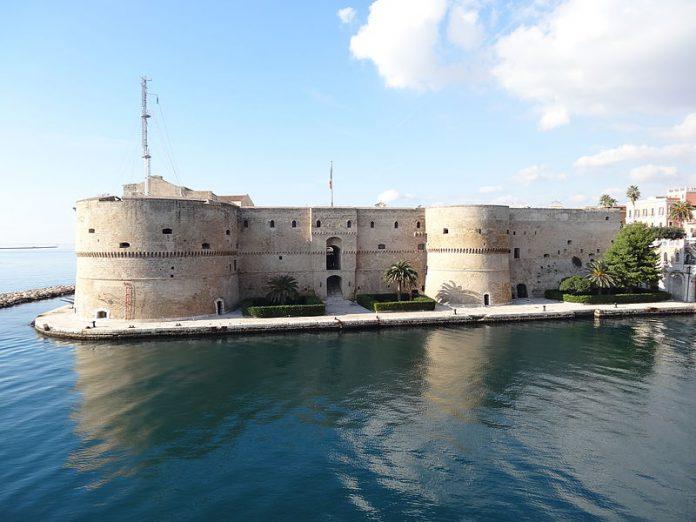 Taranto. Il turismo al Castello Aragonese in piena ascesa