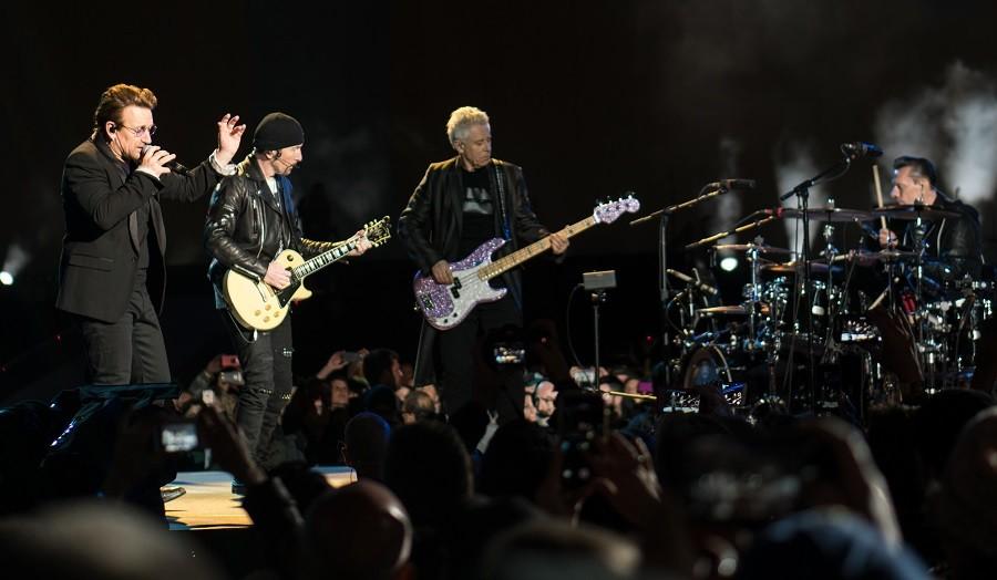 Statte. Musica live con U2-4U live at Dinner Cafè