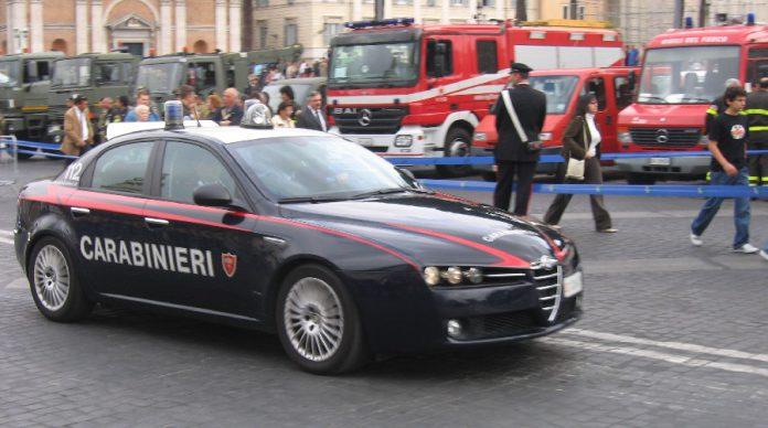 Arrestati padre e figlio a Taranto. Spacciavano regolarmente dal proprio domicilio