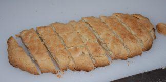 Li biscotte tagghiate per la colazione di Grottaglie