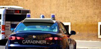 Tentativo di furto d'auto in via Crispi a Taranto.Interviene Carabiniere in borghese