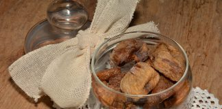 Ad Avetrana prepariamo i Fichi secchi dolce tradizionale pugliese