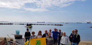 Città di Taranto unita con legambiente tra mare e terra