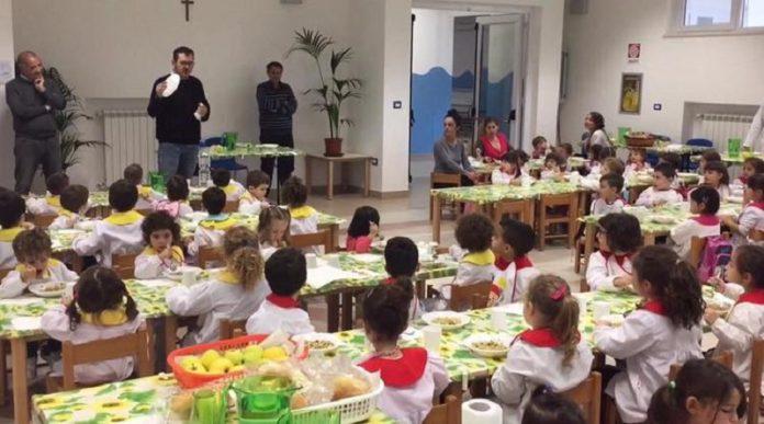 Il Comune di Maruggio abolisce la plastica nelle mense scolastiche