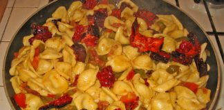 Orecchiette alla crudaiola piatto freddo di Lizzano