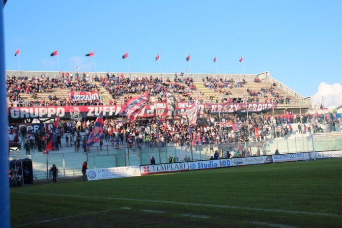 Partita di calcio Team Altamura -Taranto un Pullman a disposizione