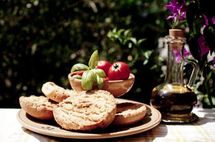 Pranzo rapido e genuino a Castellaneta con le friselle