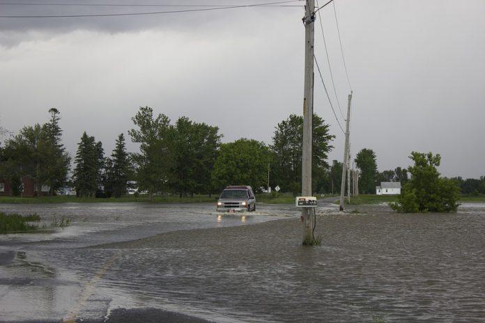 Pulsano sott'acqua e l'amministrazione comunale chiede alla Regione finanziamenti