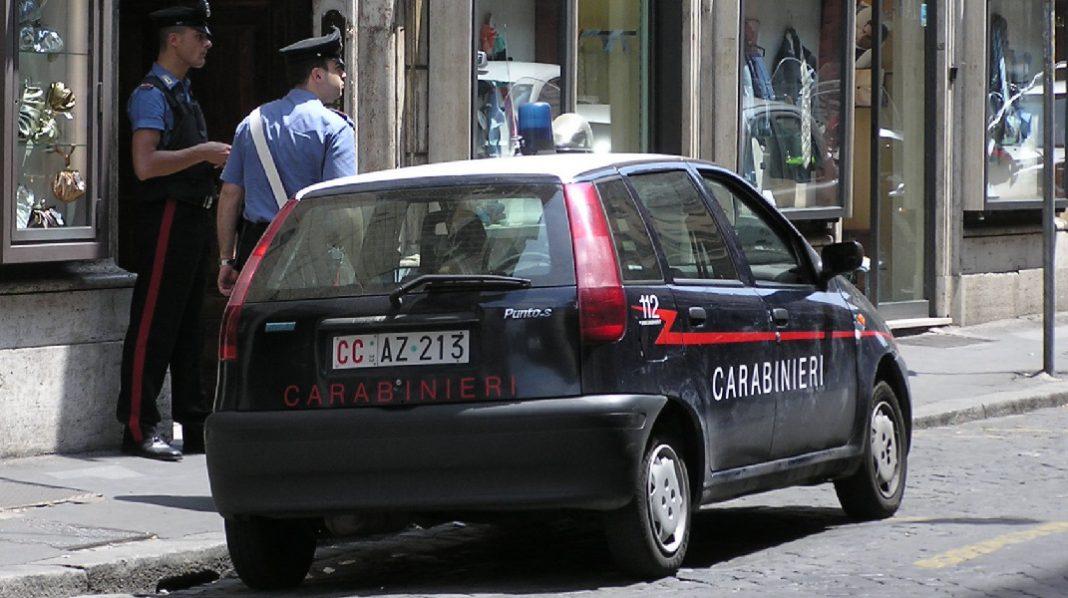 28enne di Taranto perseguita la sua ex fino a minacciarla e picchiarla