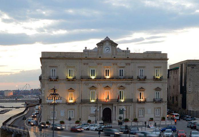 A Palazzo di citta di Taranto i Sindaci dellArea Vasta Tarantina