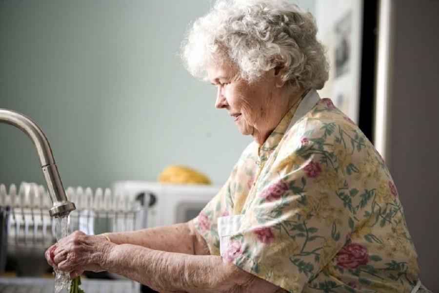 Anziana donna derubata nella sua abitazione a Fasano