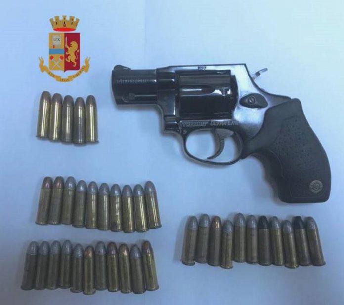 Arrestato 36enne di Taranto per detenzione pistola rubata