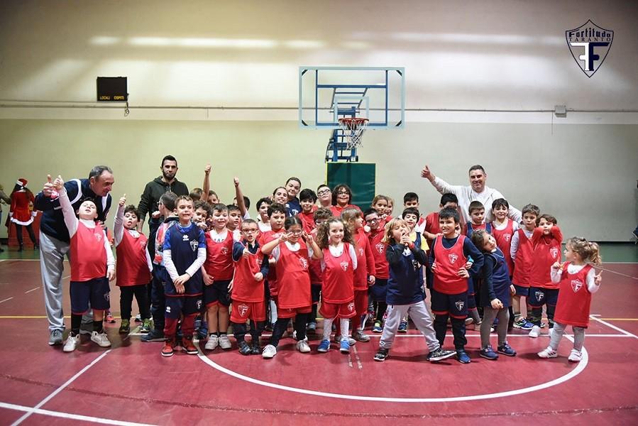 Auguri dalla Fortitudo Taranto in una serata all'insegna dello sport e dell'amicizia
