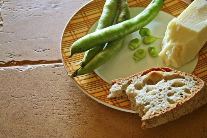 Fave e cicoria la ricetta che a Pulsano si prepara tutto l'anno