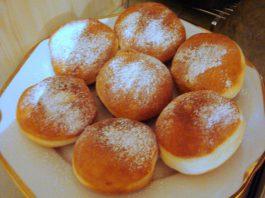 Krapfen ripieni di crema pasticcera di Torricella