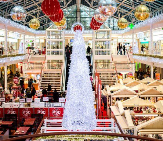 Regali di Natale a Taranto diffidando dagli sconti.