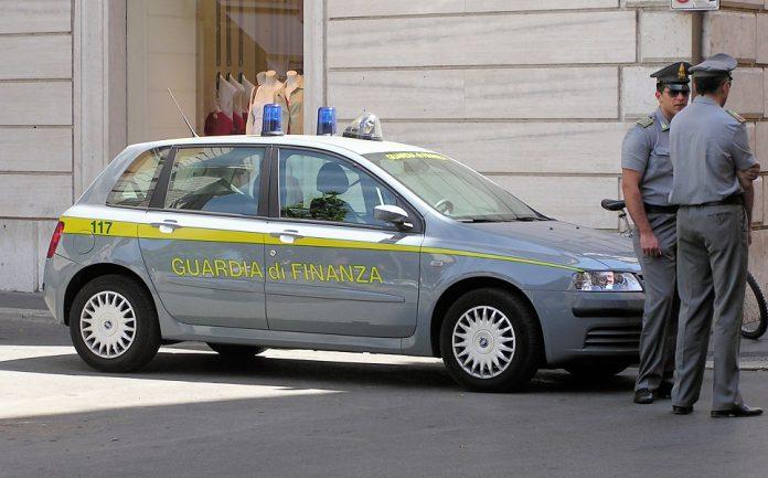 Sequestrati 39 esercizi commerciali per vendita cannabis light a Taranto