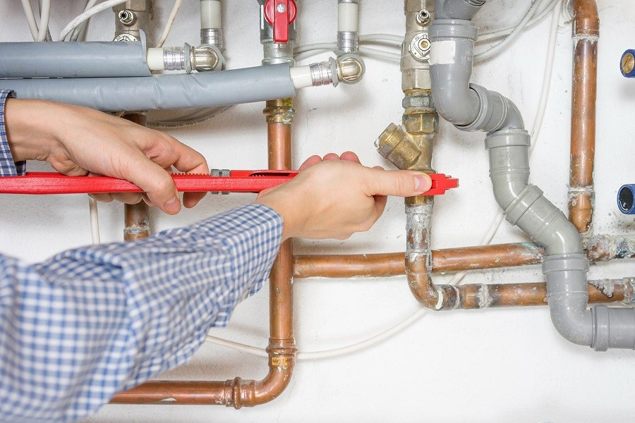 Bonifica impianti idrici nelle scuole di Roccaforzata