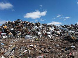 Discarica abusiva di rifiuti pericolosi a Pulsano scoperta dai Carabinieri