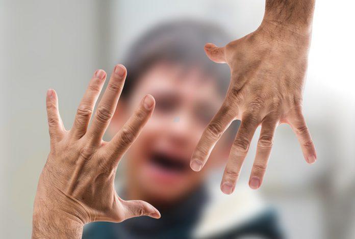 Minacciava l'ex moglie e il compagno. Arrestato 38enne di Taranto