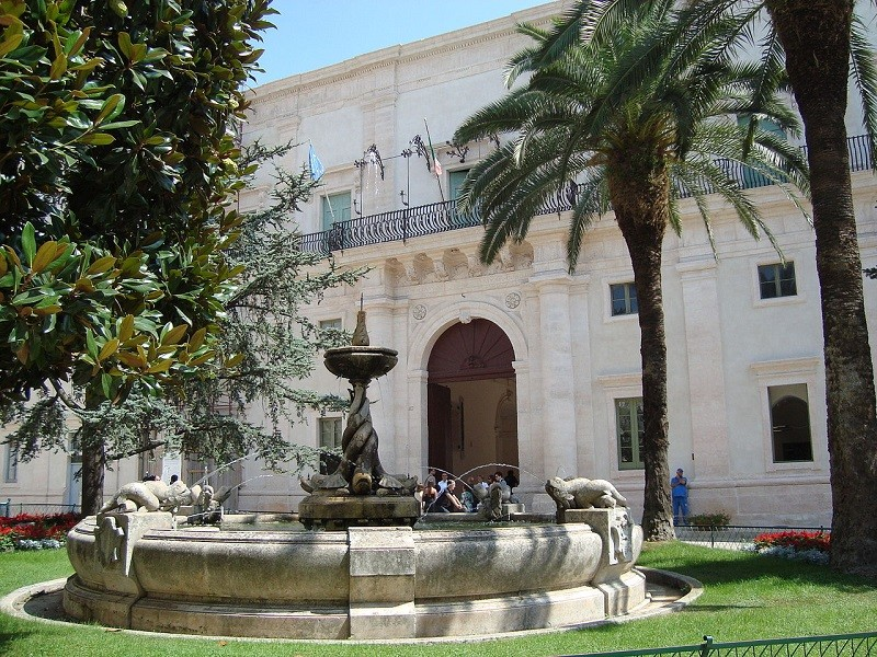 A Palazzo Ducale di Martina Franca mostra design