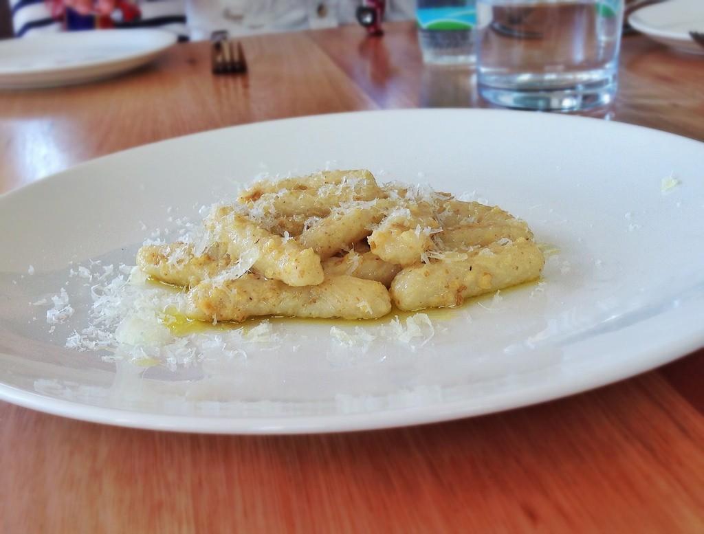 Capunti con aglio e peperoncino di Monteparano