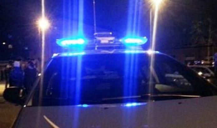 Collisione tra due auto in pieno centro a Taranto