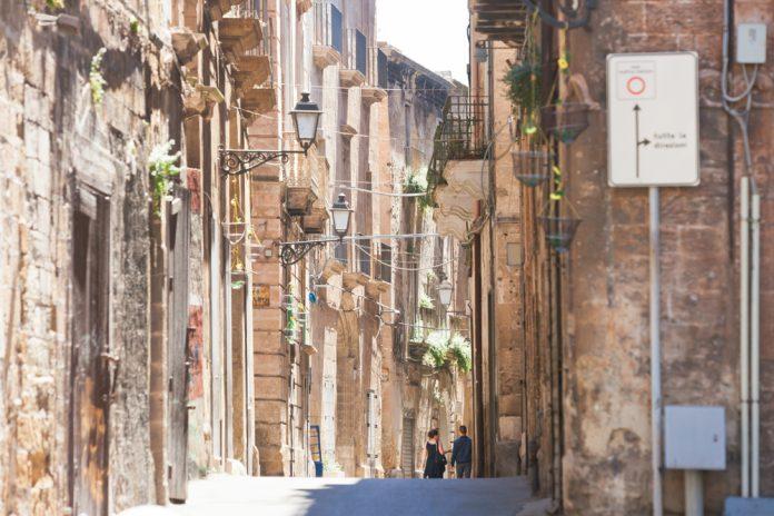 vicoli del borgo antico di Taranto