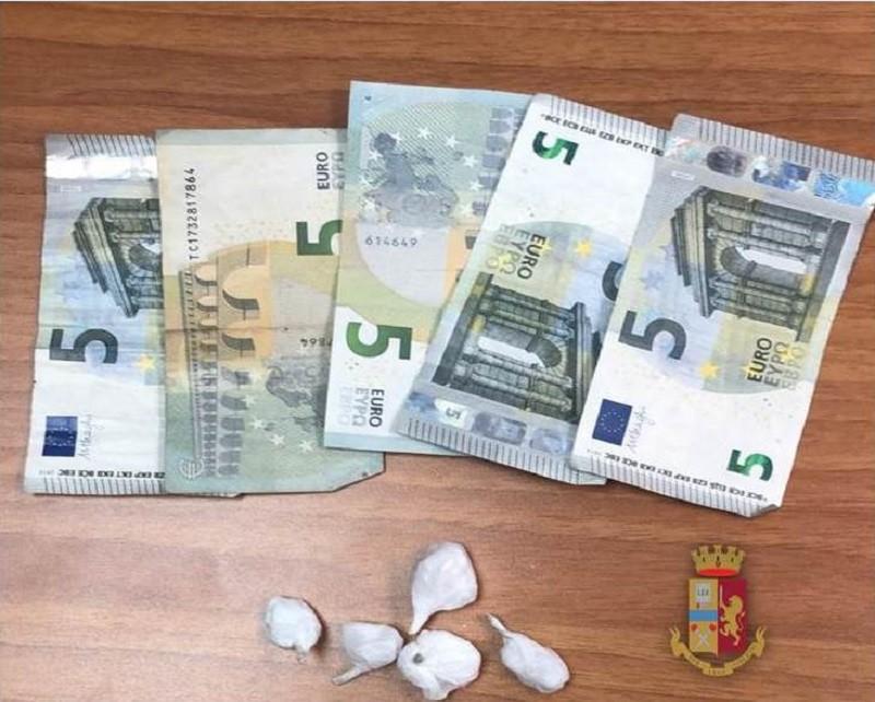 A Taranto rinvenuta cocaina occultata nel water