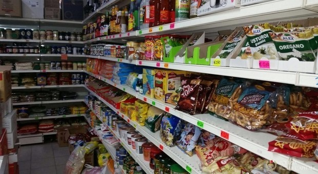 Taranto: Arrestati perchè derubavano nei supermarket, per poi rivendere sulle bancarelle