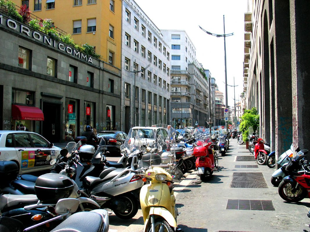 La Polizia di Stato mira ai parcheggiatori abusivi