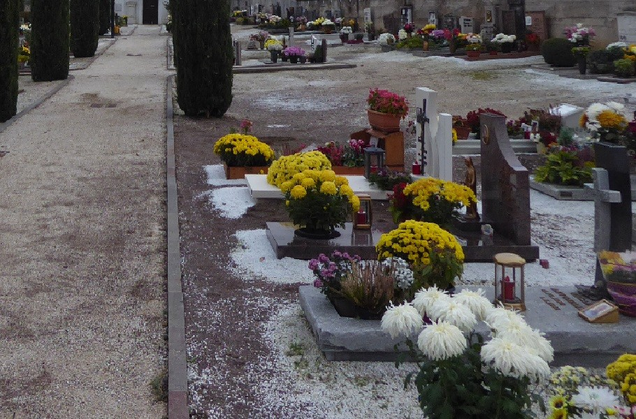 34enne investita dentro al cimitero di Manduria