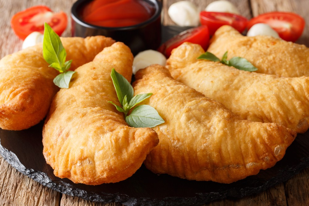 A Monteiasi realizziamo la ricetta panzerotti pugliesi