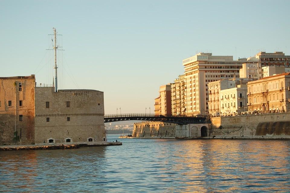 A Taranto il turismo non decolla senza i servizi primari