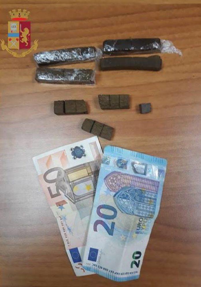 Arrestato 20enne di Taranto per spaccio