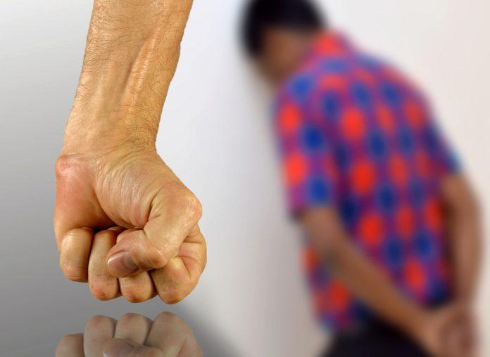 Autopsia sul pensionato bullizzato di Manduria