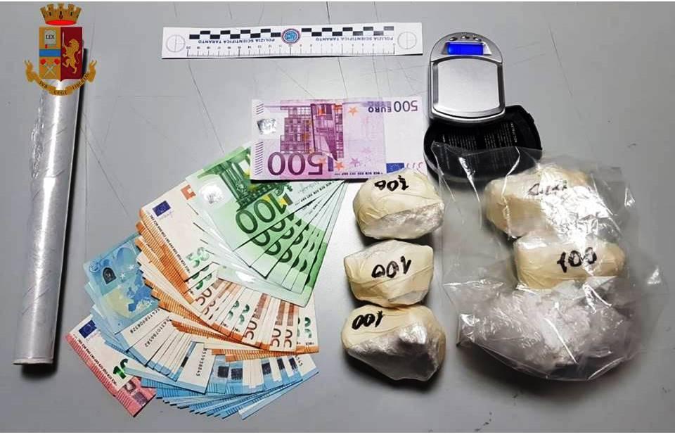 In manette 22enne di Taranto per detenzione di cocaina