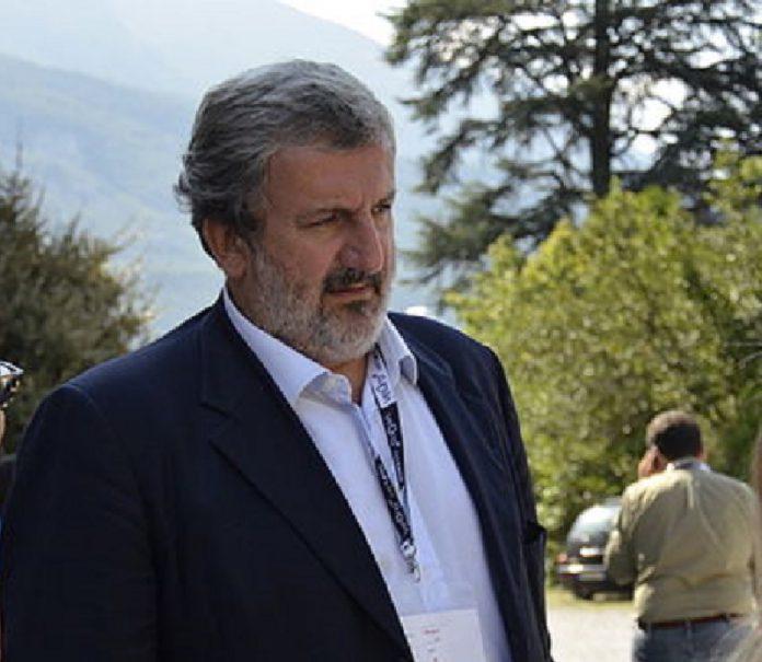 Indagato Michele Emiliano assieme a 3 imprenditori