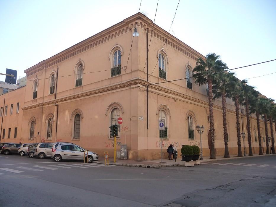 Intossicati gli alunni del Liceo Archita di Taranto