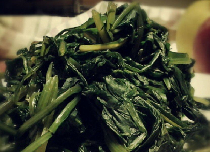 L'1 maggio a Carosino prepariamo la ricetta fave e cicoria