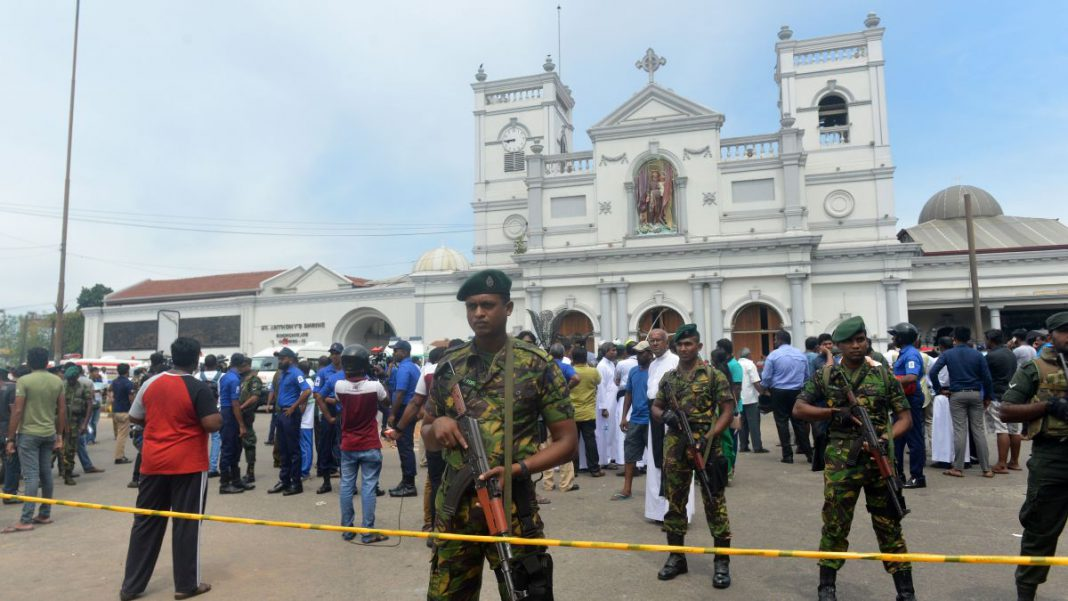 Morti e feriti in un attentato a Colombo