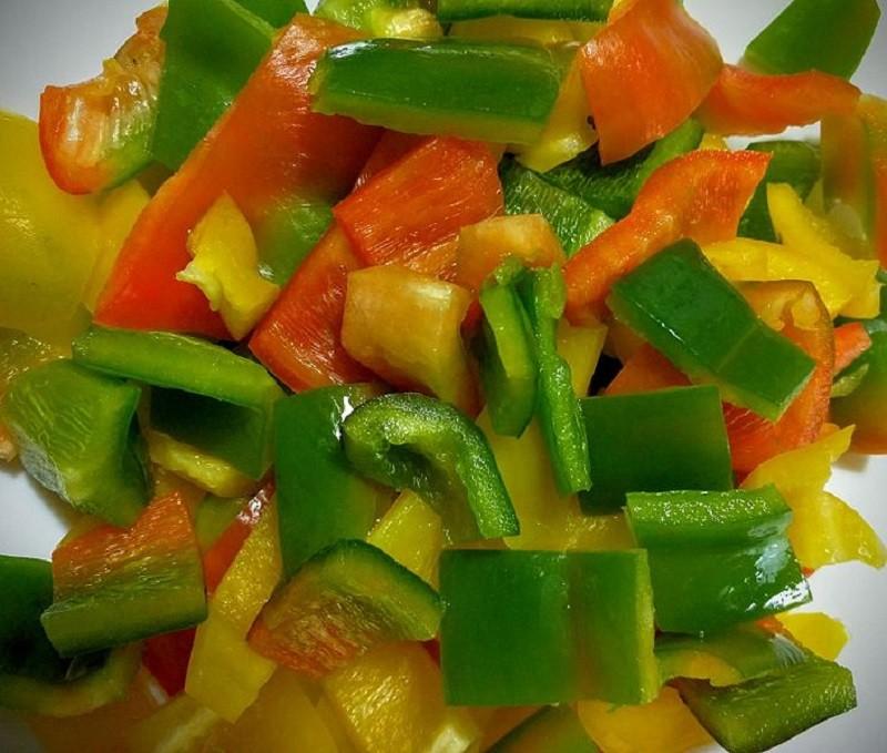 Prepariamo la ricetta peperoni con la mollica a Ginosa