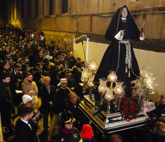 Tutto pronto a Taranto per la processione in giro per la città