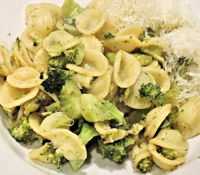 Come realizzare la ricetta orecchiette con i broccoli