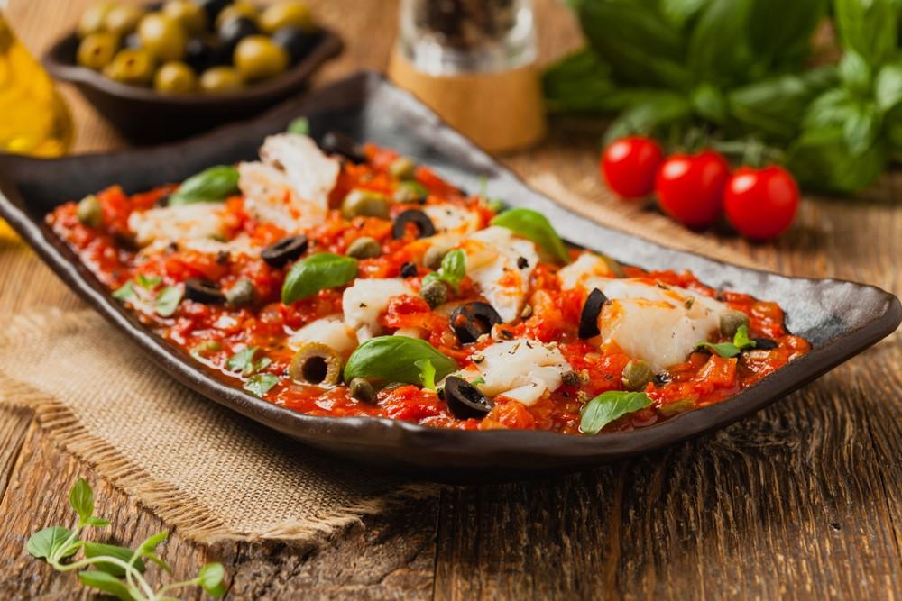 Ricetta baccalà alla pugliese con pomodoro e olive